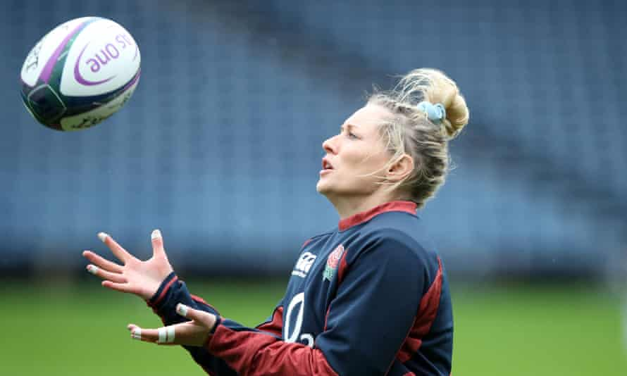 Natasha Hunt is the only England player to withdraw from the squad for their final Six Nations match against Italy.