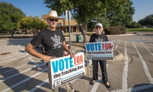 Denton residents Michael Hennen and Susan Vaughan campaign for banning in November.