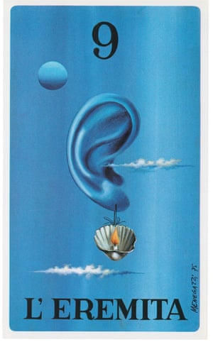 The Hermit, Le Conchiglie Divinatorie, 1974, by Osvaldo MenegazziThis deck – known as le conchiglie divinatorie, or shell divination – is inspired by the geometry of seashells.