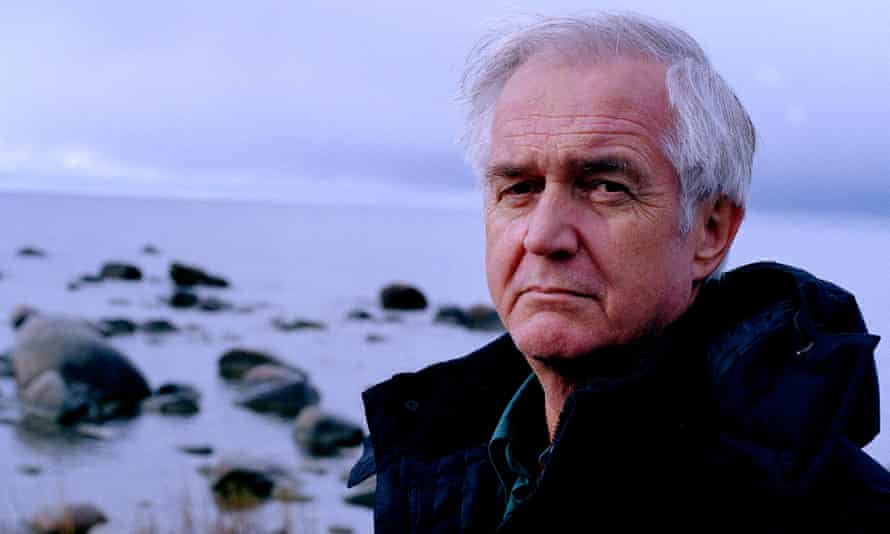 Henning Mankell at home in Visby in Sweden, 2003