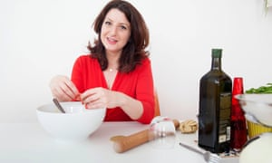 Rachel Shabi making sambusak to her mother's recipe.