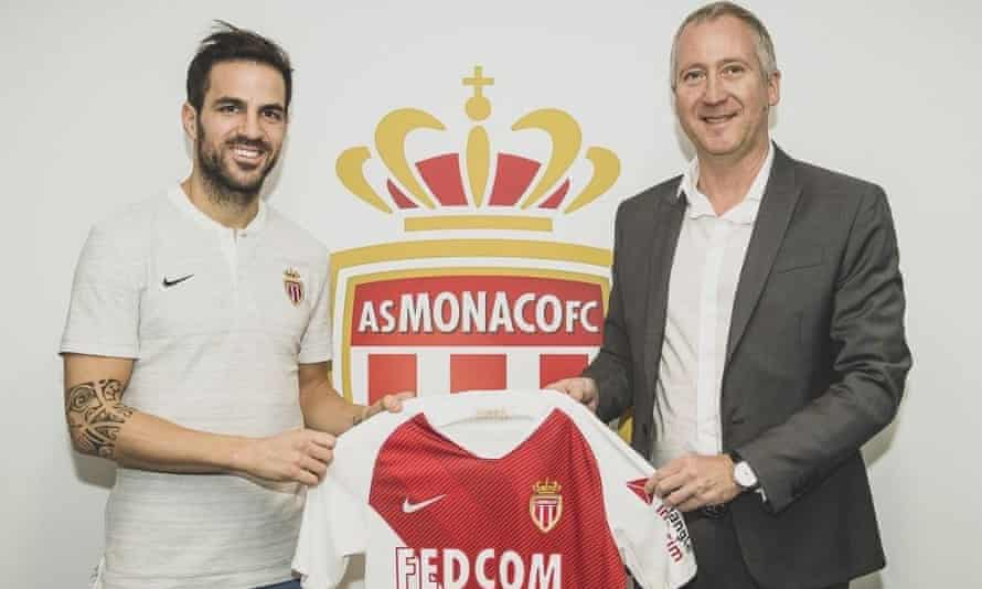 Cesc Fábregas is unveiled at Monaco after a fee in the region of €10m (£8.9m) was agreed with Chelsea.
