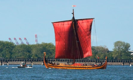 The Viking ship 'Draken Harald Haarfagre' sails into New York harbour on Septembre 17, 2016.