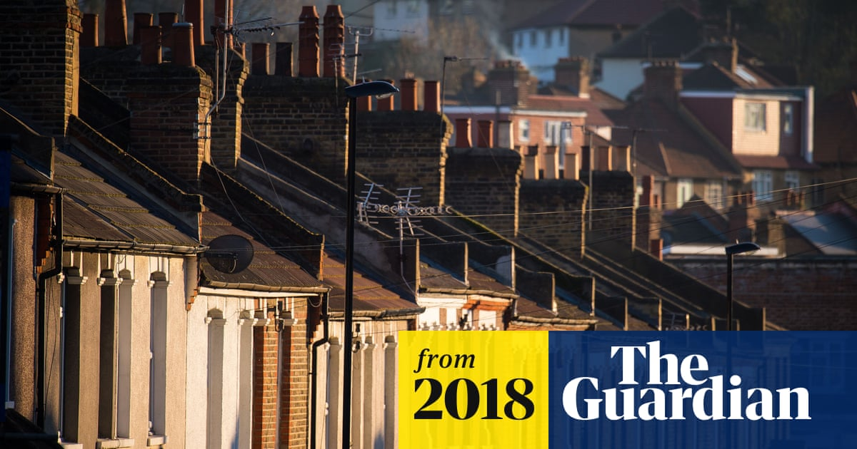 One-in-three chance of London house price crash, says expert