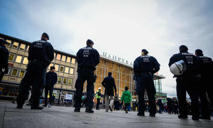 Police outside Cologne's Hauptbahnhof main railway station, where an organised gang of Middle Eastern or north African men allegedly assaulted women on New Year's Eve.
