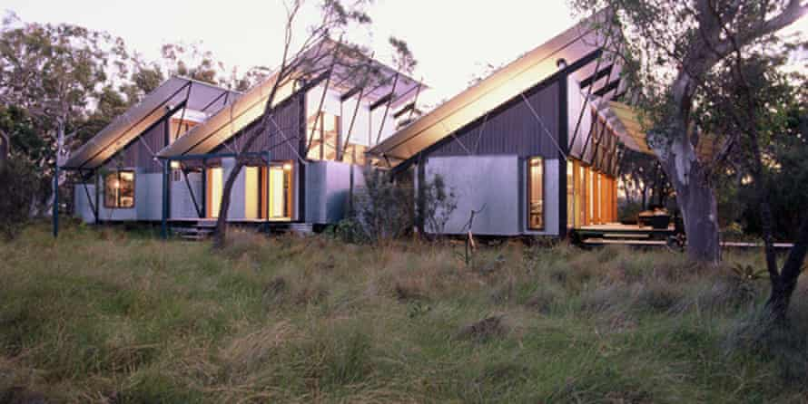 Lake Weyba House, built in 1996, epitomises an earlier generation of design, with less ego.