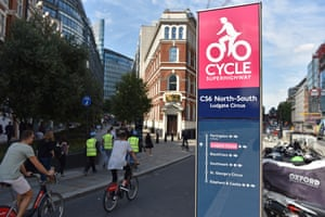 Cycle superhighway 6 at Ludgate Circus