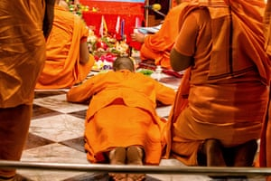A monk at Belur Math. The Ramakrishna Math and Mission was founded by Swami Vivekananda, a chief disciple of Ramakrishna Paramahamsa.