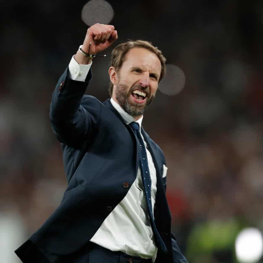 Gareth Southgate celebrates England's victory.