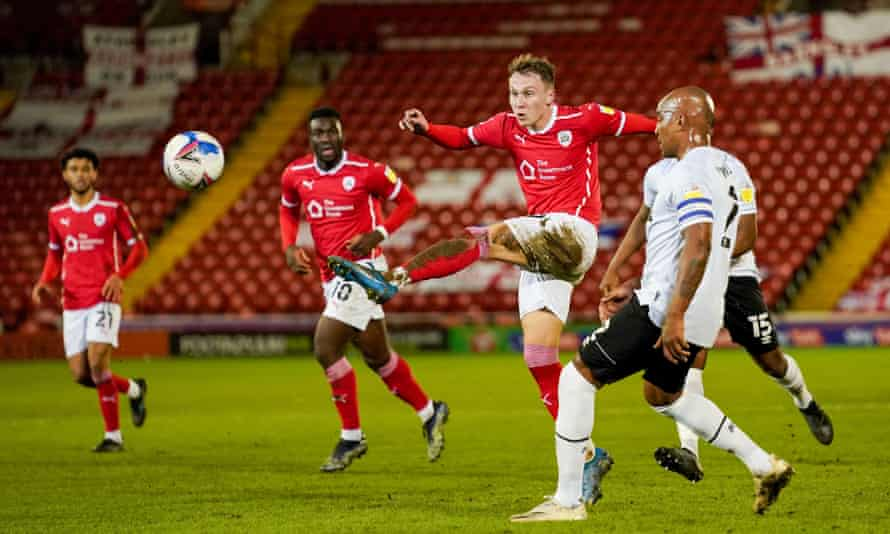 At 26, Cauley Woodrow is one of Barnsley's oldest players.