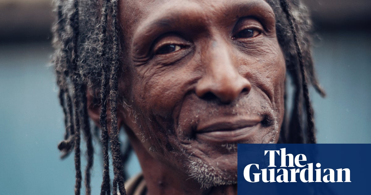 Windrush victims launch legal action over compensation delays
