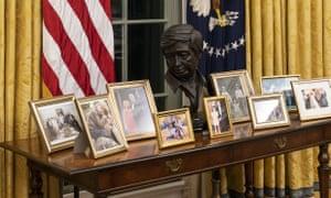 A bust of Cesar Chavez.