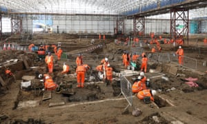 Archaeologists working on the HS2 project in St James's burial ground in London, where they discovered the remains of Matthew Flinders