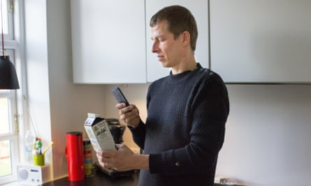 A man using the Be My Eyes app.
