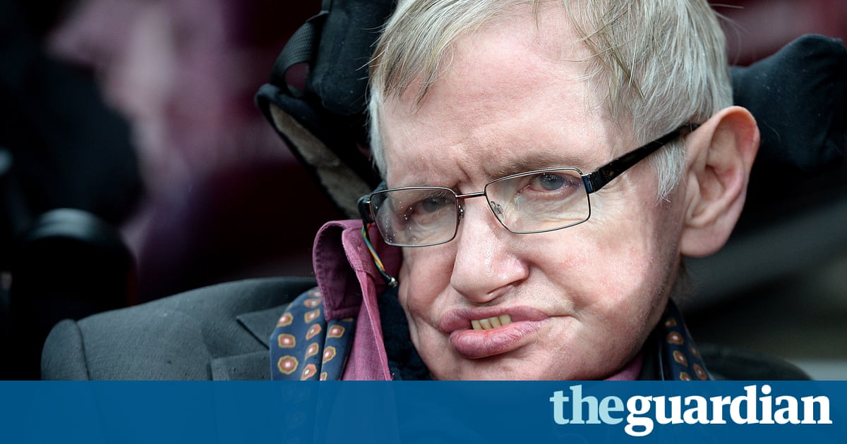 Stephen Hawking blames Tory politicians for damaging NHS