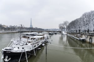 The river Seine and Eiffel Tower