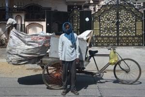 Faridabad, India: Ranjan Bind, waste collector