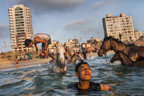 Gaza review – human stories in a city under siege