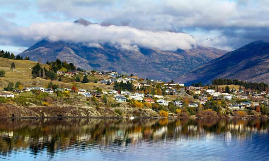 Mountains around Queenstown, New Zealand