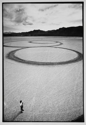 Michael Heizer's Circular Surface, Planar DIsplacement Drawing in El Mirage Dry Lake.