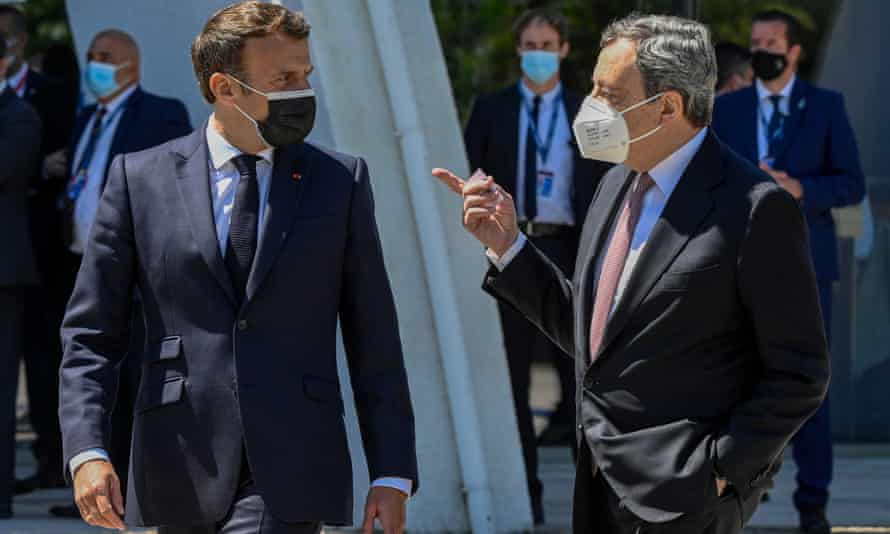 French president Emmanuel Macron and Italian prime minister Mario Draghi arriving at the summit in Porto.