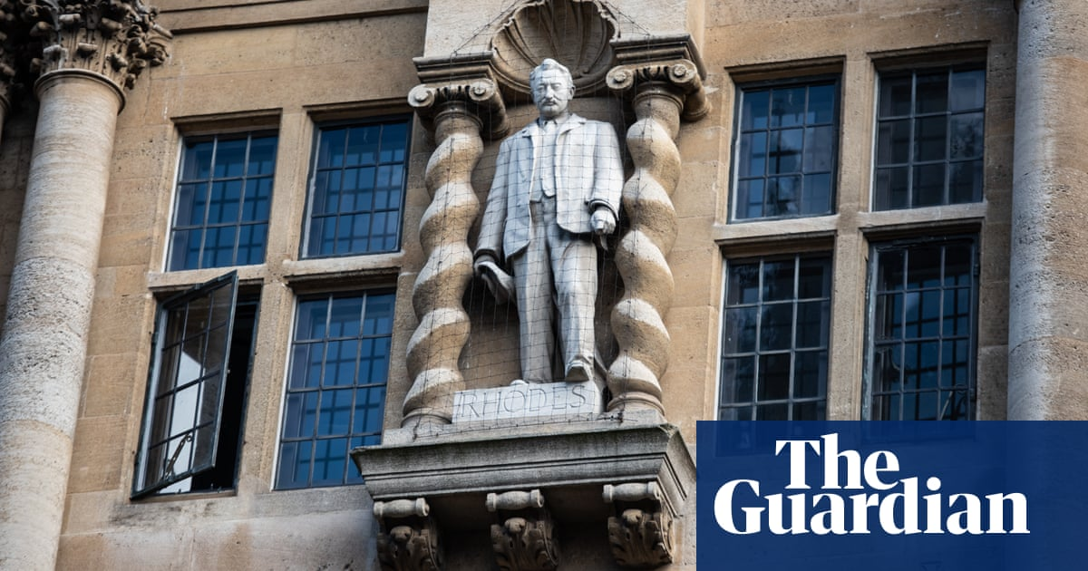 Oxford Rhodes statue should be turned to face wall, says Antony Gormley