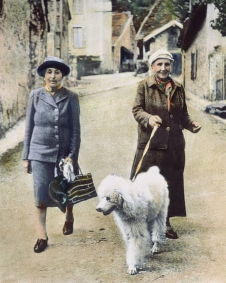 Alice B Toklas (left) and Gertrude Stein in 1944.