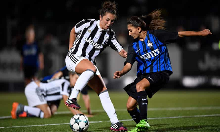 Katie Zelem, left, playing for Juventus against Internazionale after her surprise move from Liverpool to Italy.