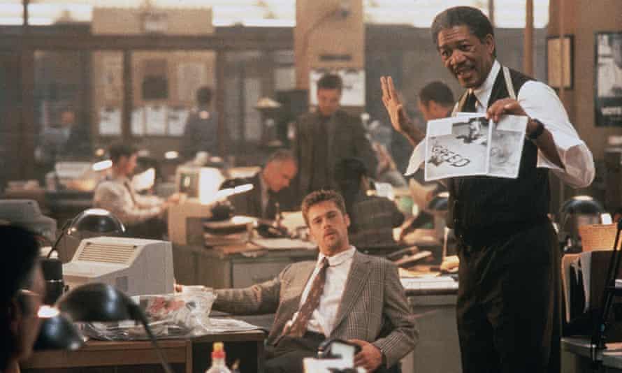 Brad Pitt and Morgan Freeman in Se7En.