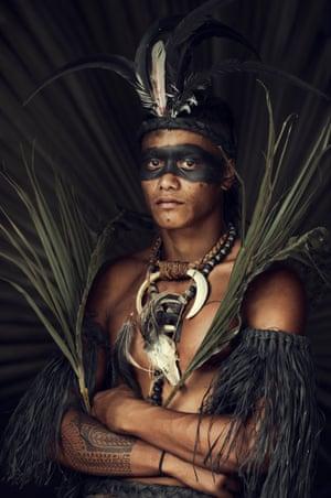 nude-native-peoples-mickie-james-ass-shots
