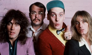 Cheap Trick back in 1977 … (from left to right) Tom Petersson, Bun E Carlos, Rick Nielsen and Robin Zander.