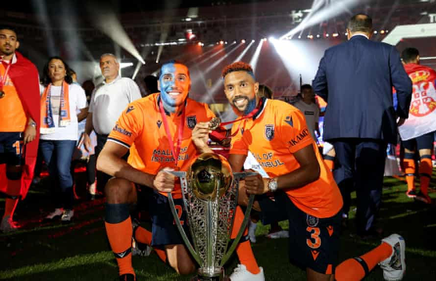 Gaël Clichy and Enzo Crivelli after winning the Turkish Super Lig title with Basaksehir in 2020.