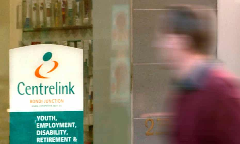 Centrelink has been accused by a former member of the Administrative Appeals Tribunal of being 'elliptical at best' when asked for written submissions proving a debt.