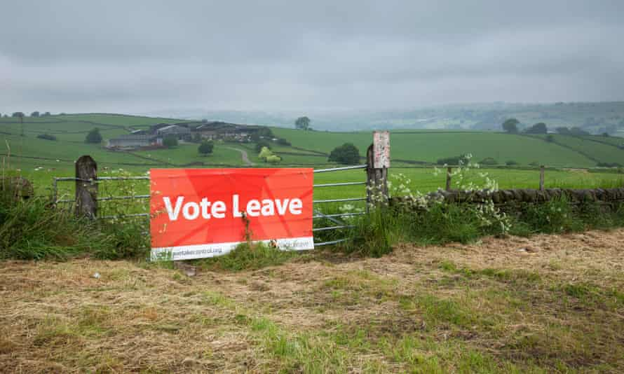 A Vote Leave campaign sign in the Derbyshire countryside.