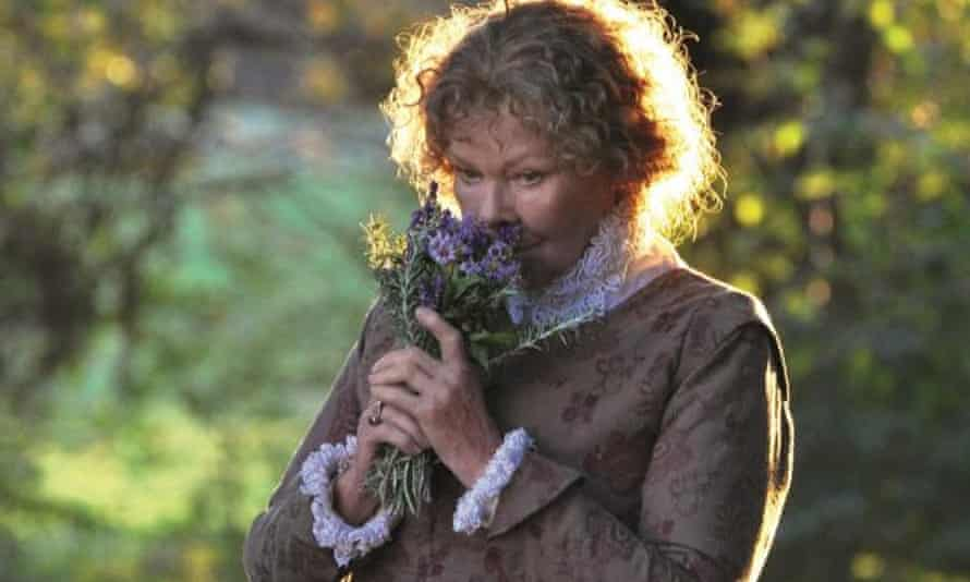 Actor Judi Dench as Anne Hathaway in All is True.