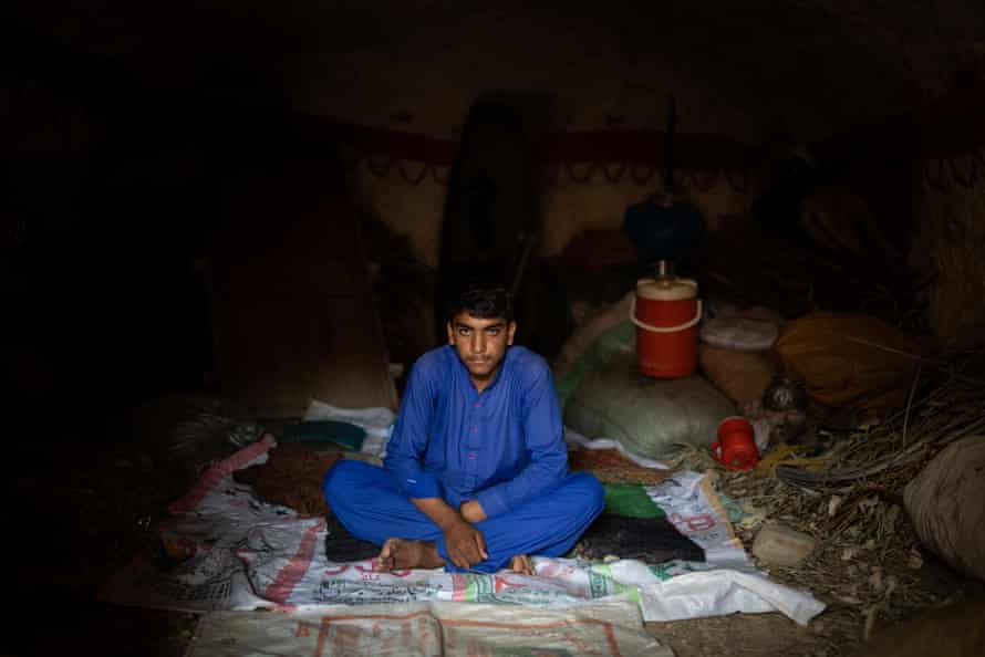 The IDPs living in caves in Pakistan