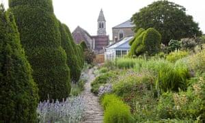 The Courts Garden, Wiltshire