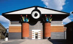 Isle of Dogs Pumping Station Stewart Street, Tower Hamlets 1986–8, John Outram Associates