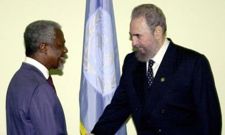 Castro shakes hands with the then UN secretary-general, Kofi Annan, in 2000.