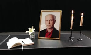 A memorial to radio reporter Nils Horner.