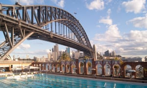 North Sydney Olympic PoolThe public North Sydney Olympic Pool, situated beside the Sydney Harbour Bridge, seen on a cloudy day.