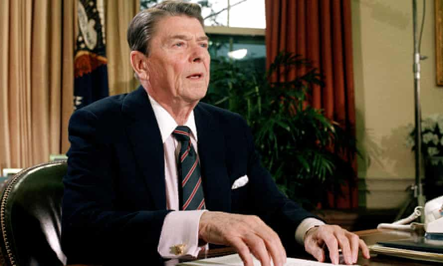 Ronald Reagan in the Oval Office of the White House