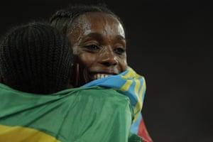 Alma Ayana of Ethiopia wins the women's 10,00m final.