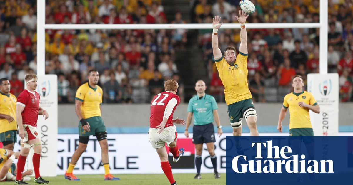 Wales' Biggar and Patchell recall glory days and get drop on Australia | Paul Rees