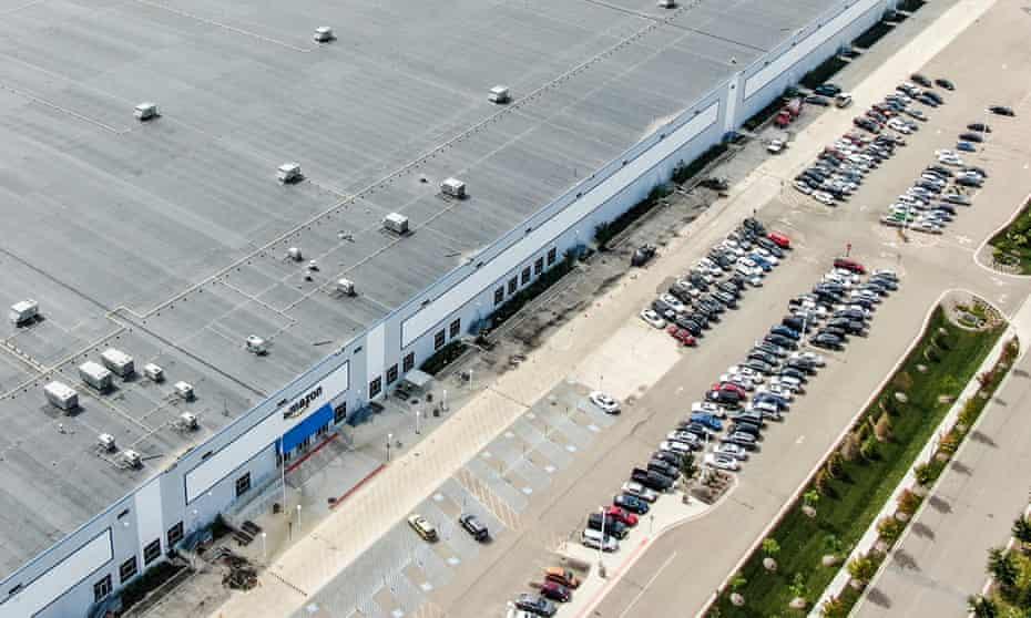 An Amazon warehouse in Illinois.