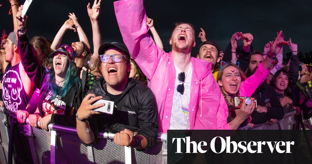 Festivals warn: change self-isolation rules or our staff will just ignore them