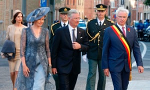 (LtoR) Queen Mathilde of Belgium, King Philippe of Belgium and West-Flanders province governor Carl Decaluw.