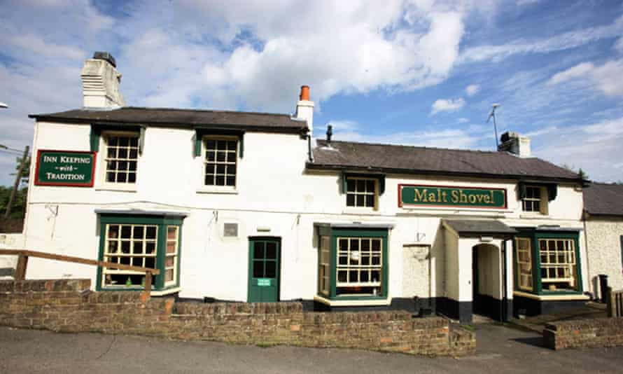 The Malt Shovel pub, Uxbridge, UK