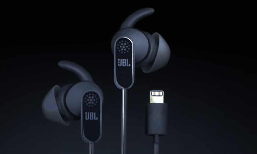 jbl lightning headphones