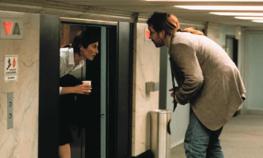 Catherine Keener and John Cusak in Being John Malkovich (1999).
